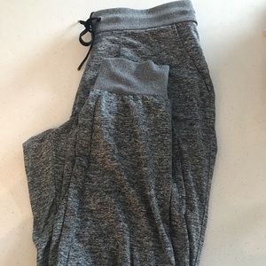 Athleta Black Heather Metro Joggers